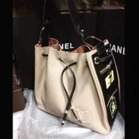 Почему люди покупают дубликаты сумок известных брендов