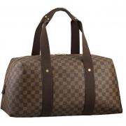 Брендовые сумки и аксессуары Louis Vuitton: от истории создания до наших дней