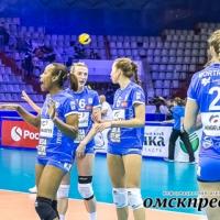 Французские волейболистки безуспешно пытались покинуть Омск