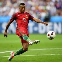 Звездные футболисты за пределами Европы
