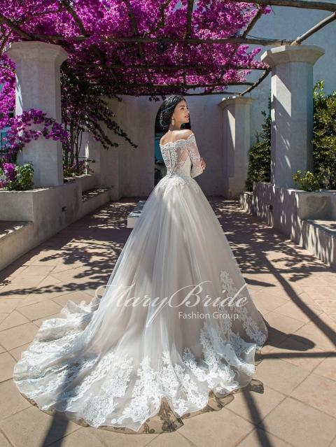 Лучший свадебный наряд