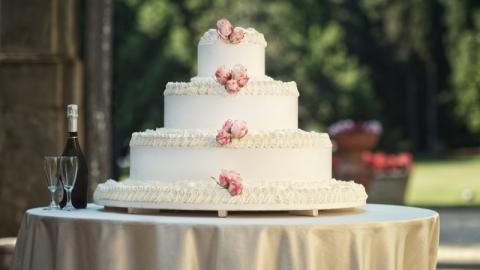 Мастичные свадебные торты