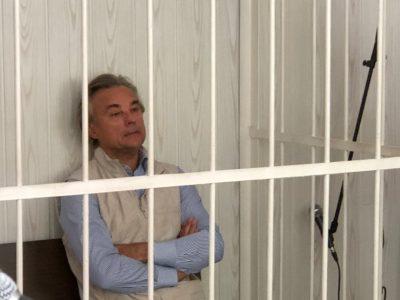 Омского экс-депутата Калинина отпустили под домашний арест