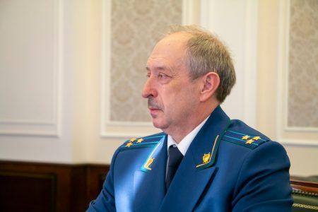 Буркову представили нового прокурора Омской области