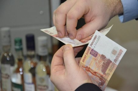 В Омске задержали банду фальшивомонетчиков