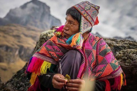 Смертельно опасные мистические обряды шаманов, галлюциногенная трава и самоизоляция в перуанской деревне
