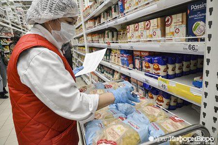 В Омске проверяют соблюдение санитарных норм на предприятиях и в транспорте