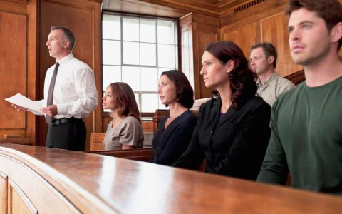 Преимущества услуги представительства в арбитражном суде
