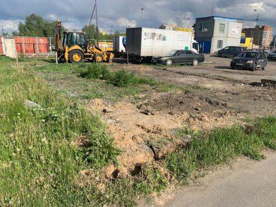 У «Ленты» в Омске снесли шиномонтажку построенную незаконно