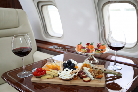 Что скрывается внутри самых роскошных частных самолётов?