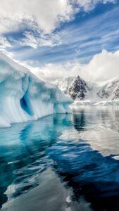 Тайна сигналов, исходящих из глубин Антарктиды,  раскрыта