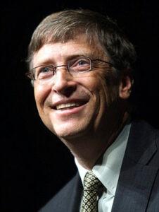 """Билл Гейтс прокомментировал обвинения в """"чипизации"""" людей"""
