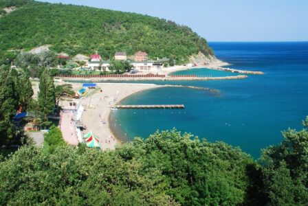 Россияне отмечают бронирование отелей в Крыму и Сочи