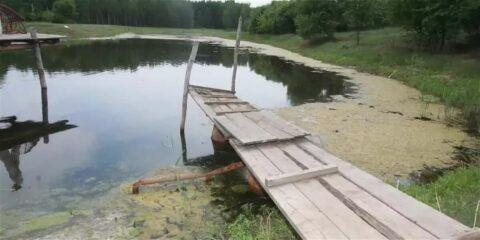 В Омской области в котловане утонули многодетный отец с дочерью