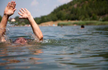 28-летний мужчина утонул в Омске на озере Чередовое
