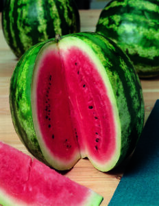К метаболическим расстройствам способно привести злоупотребление арбузом