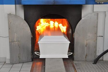 Крематорий в Омске откроют позже запланированного срока