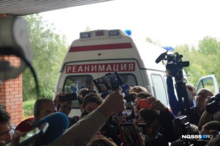 Врачам омской больницы поступали угрозы в связи с лечением Навального
