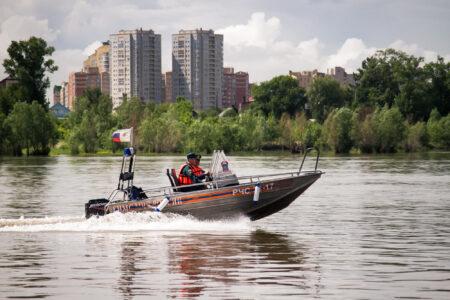 Сотрудники ГИМС за лето спасли 9 тонувших жителей Омска