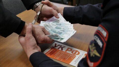 Директор интерната в Омске подозревается во взяточничестве