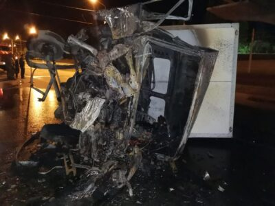 В Омске произошло ДТП с пожаром