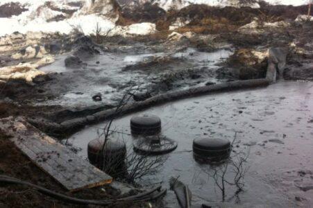 Мазутное озеро ликвидируют в Омской области