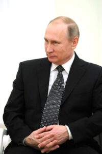 Президент Владимир Путин распорядился провести вакцинацию от коронавируса и гриппа