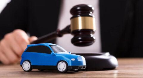 Житель Омска притворился, что его машину украли