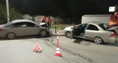 В аварии на проспекте Королева пострадали 3 человека