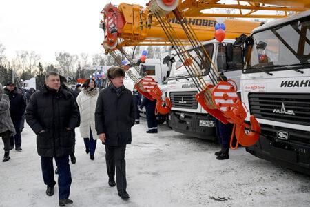 117 новых спецмашин закупили для «Омскэлектро»
