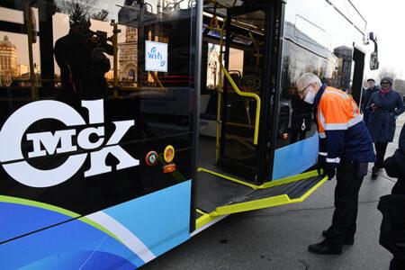 В Омске на линию вышли новые троллейбусы