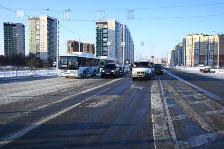 В Омске торжественно открыли дорогу-дублер на Левобережье