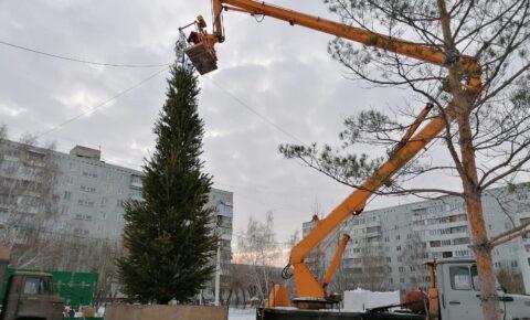 В Омске установили новогоднюю композицию с технологией дополненной реальности
