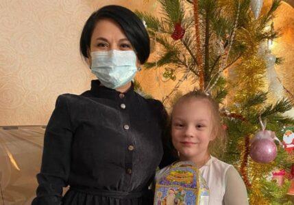 В Омске мэрия приняла участие в акции «Ёлка желаний»