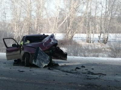 В Кировском округе в аварии погиб человек