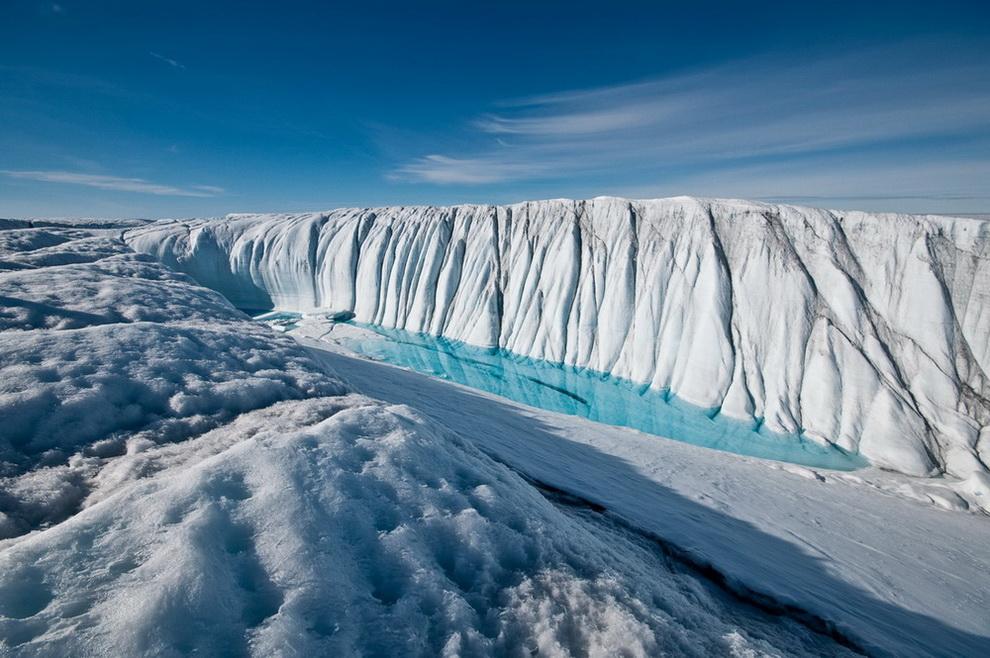 Учёные используют волоконно-оптическое волокно для измерения температуры ледникового щита Гренландии