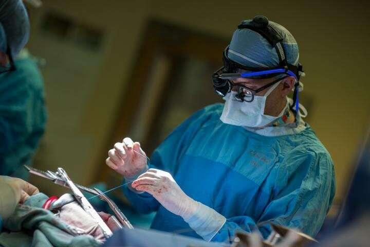 Простая операция предотвращает инсульт у больных с аритмией
