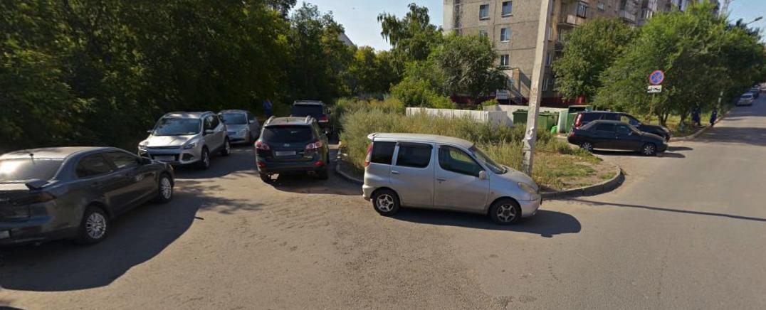 Мэрия Омска разрешила построить дорогу на улице Чехова